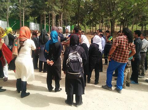 زنان، مدافعان سرسخت زندگی، گزارش شهلا فروزانفر از اعتراض زنان منطقه افسریه به قطع درختان