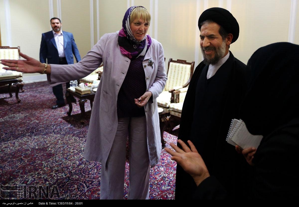 خانم کلادیا روت شما هم در زندانی شدن نرگس محمدی مقصرید