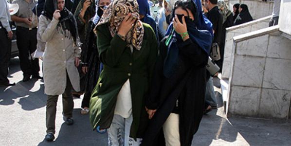 درکنار قاچاق اجناس قاچاق زنان و دختران ایرانی و مهاجرت اجباری آنها به کشورهای پاکستان، حاشیه خلیج فارس بویژه امارات متحده عربی، گهگاهاروپاشرقیو بطور محدود به کشورهای اروپایی و اسیایی […]
