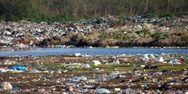 اوضاع آنقدر وخیم است که اداره محیط زیست مازندران از شهرداران این استان به دلیل انباشت روزانه ۲۰۰ تن زباله در جنگلهای شمال شکایت کرد. نفوذ شیرابه زبالهها به آبهای […]